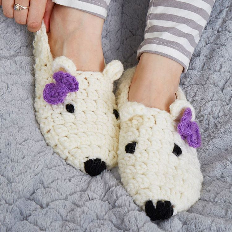 polar-bear-slippers